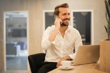 Business man succes glimlach SEO